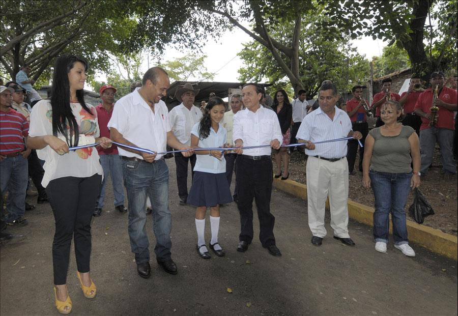 MOP concluye obras en San Julián, Sonsonate, como parte de convenio con Alcaldía Municipal