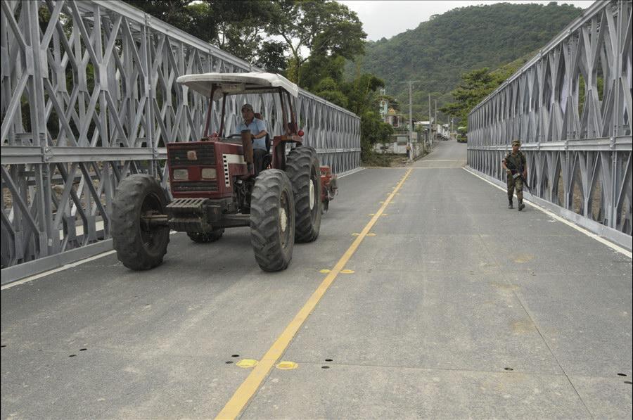 MOP habilita paso por puente Las Lajas entre Guadalupe y Verapaz, San Vicente