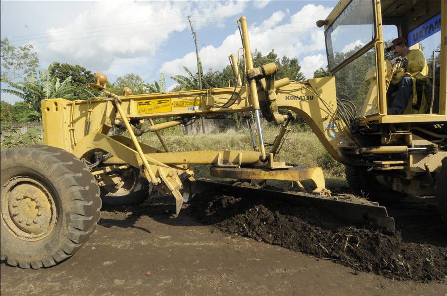 MOP inicia obras de reparación superficie e imprimado en 3.5 kilómetros de calles de Sitio del Niño