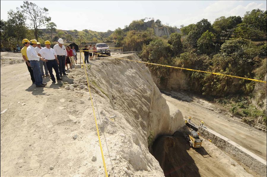 MOP avanza en obras de protección definitivas en Reparto El Pepeto III