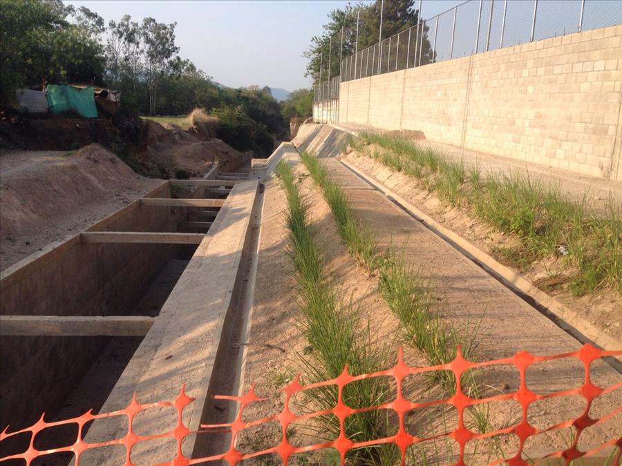 MOP por concluir II etapa de obras en Calle El Chupadero,   Santa Ana