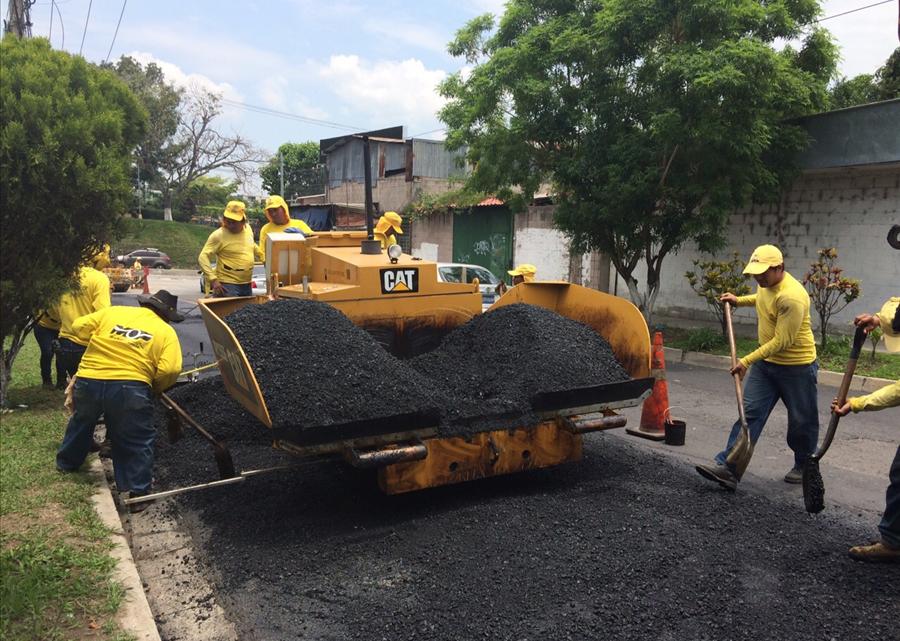 MOP desarrolla plan de bacheo y recarpeteo en el Area Metropolitana de San Salvador