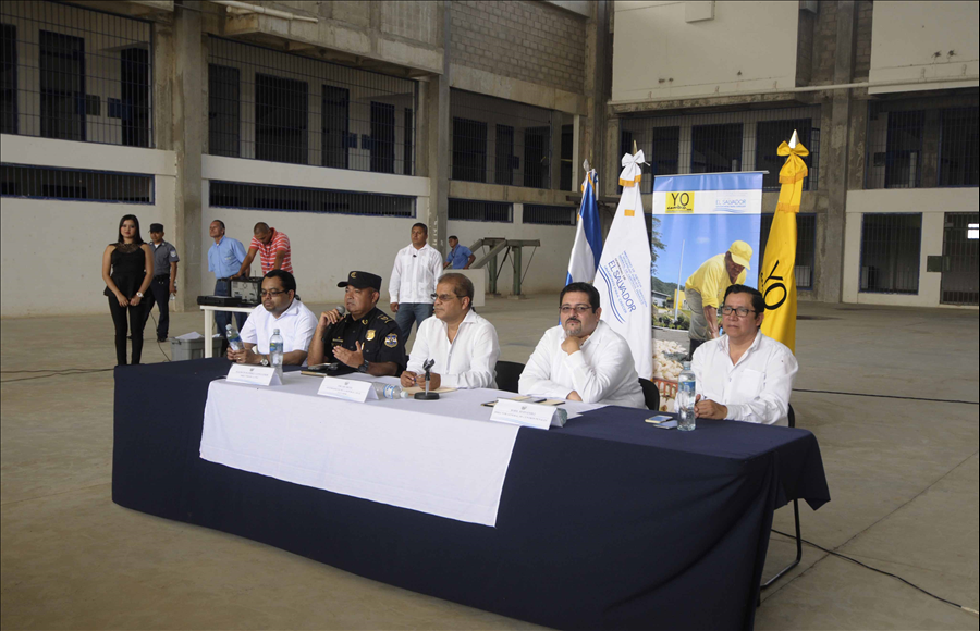 Vicepresidente y autoridades de seguridad verifican obras para la finalización del Complejo Penitenciario de Seguridad de Izalco, fase III