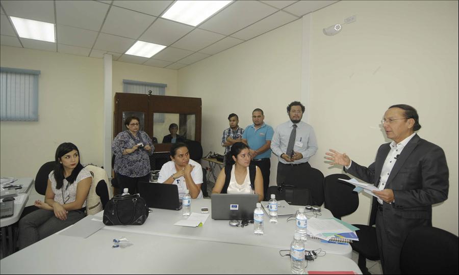 MOP inaugura taller CoST iniciativa de Transparencia para el Sector Construcción