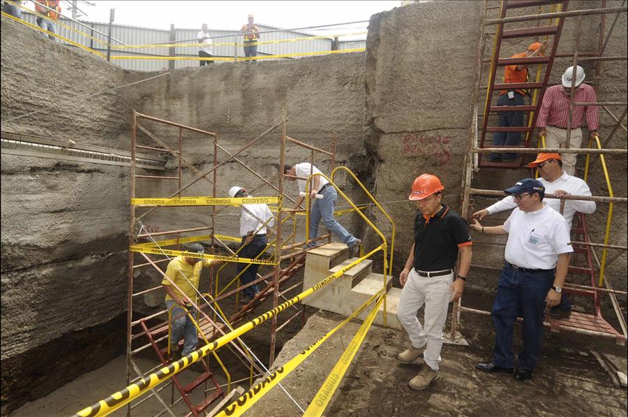 MOP-FOVIAL supervisan excavaciones de paso multinivel Naciones Unidas