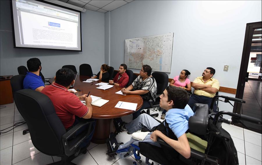 MOP participa en Comisión interinstitucional de accesibilidad