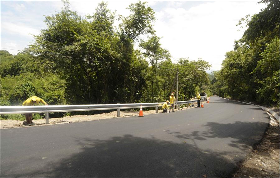 MOP por concluir pavimentación de 10 km de carretera Nueva Trinidad, Arcatao, Chalatenango