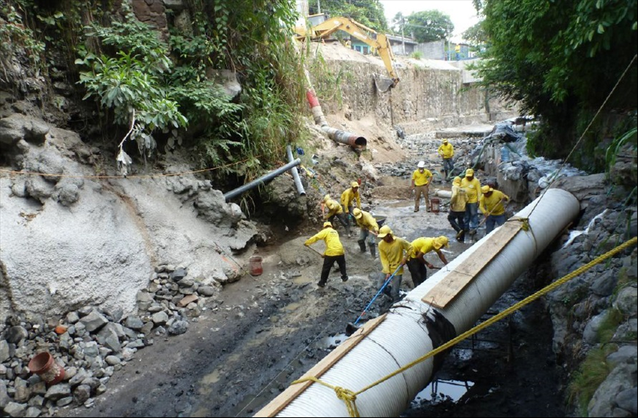 MOP avanza en construcción obras de protección en 8ª-10 y Calle Paraguay