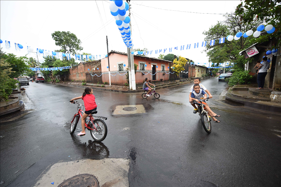 Viceministerio de Vivienda transforma comunidades urbanas precarias