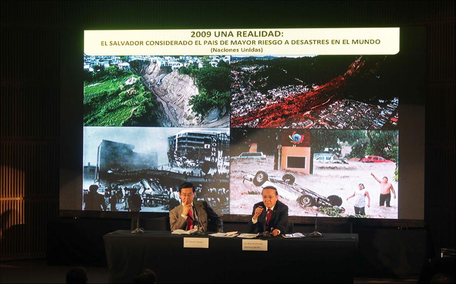 MOP expone su experiencia en reducción de desastres en conferencia de América Latina y El Caribe