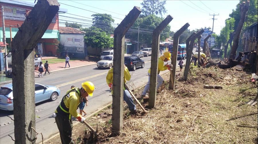 MOP inicia 8 proyectos viales y de protección en diferentes municipios del país