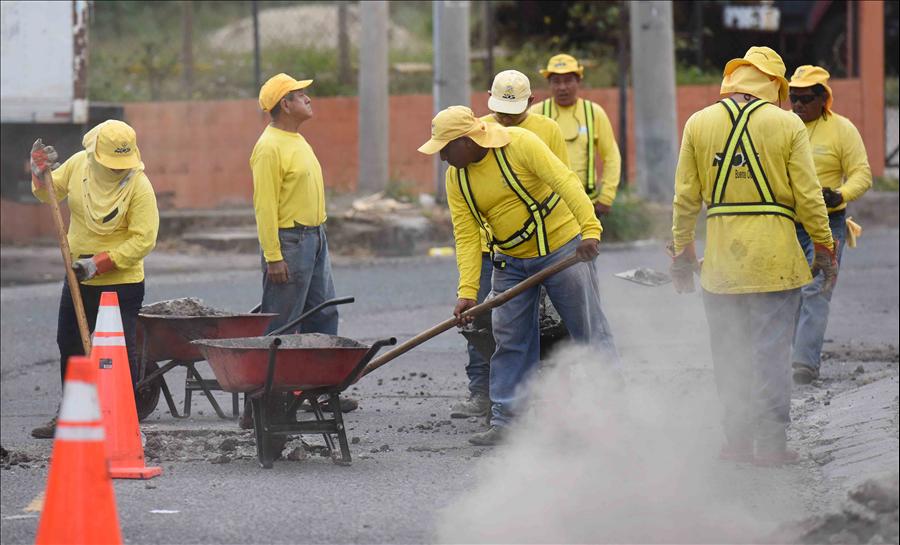 MOP repara 10. 5 kilómetros de calles de Antiguo Cuscatlán