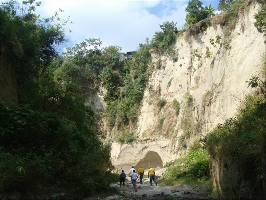 MOP inicia obras de protección por cárcava en Comunidad Santa María   San Martín, San Salvador