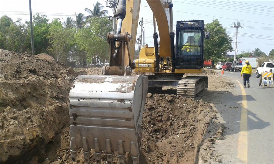 MOP inicia ampliación a un tercer carril calle que de Quezaltepeque conecta con carretera Panamericana, desvío San Juan Opico, La Libertad