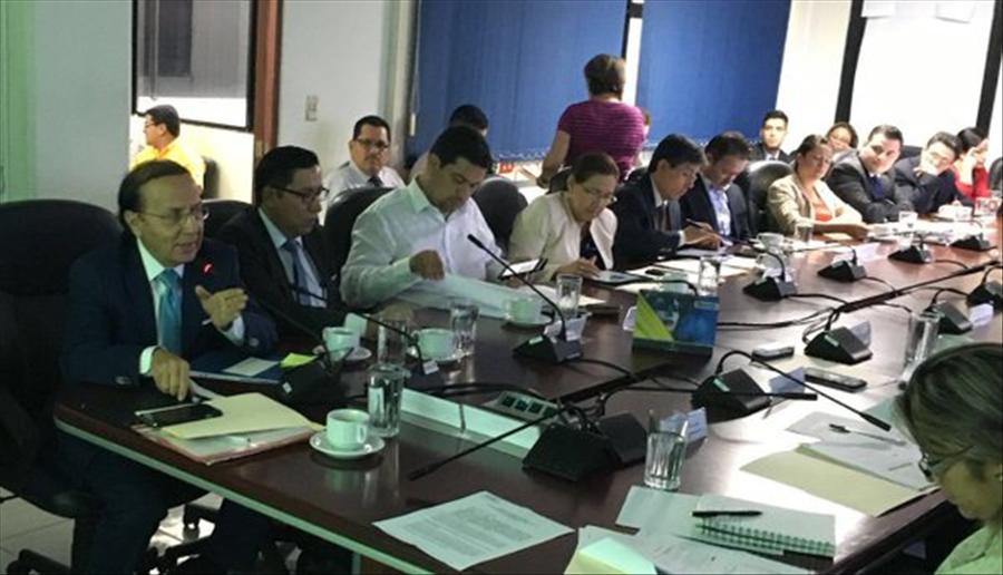 MOP explica por 10ª vez uso de fondos préstamos BID y FONPRODE