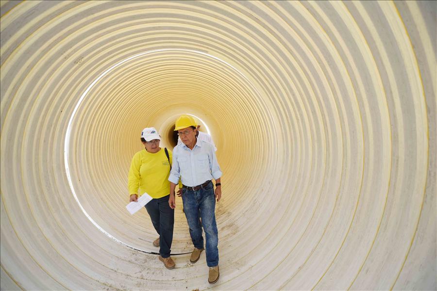 MOP supervisa obras hidráulicas que beneficiarán a miles de familias de Ilopango, San Salvador