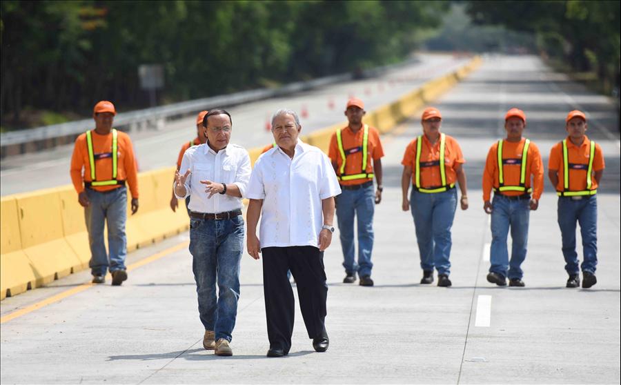 Presidente de la República entrega corredor logístico Puerto de Acajutla-Sonsonate
