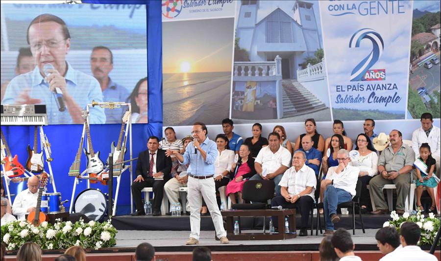 MOP ejecuta 25 proyectos en municipios de La Paz