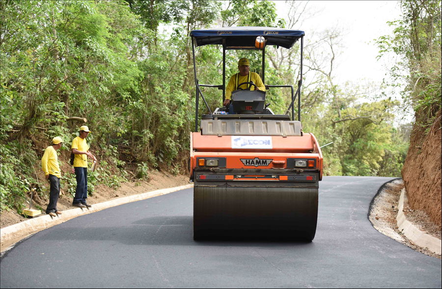 MOP concluye rehabilitación de carretera de montaña Comasagua-Bello Horizonte, La Libertad