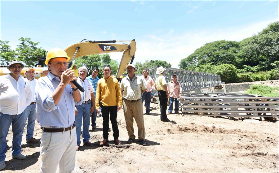 Por concluir construcción puente Cutumayo entre Apastepeque y San Vicente