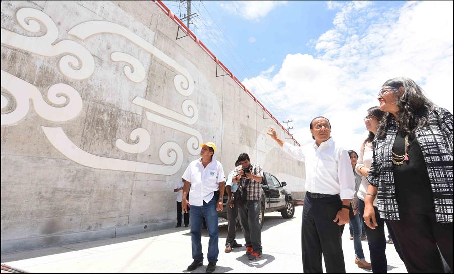 Esculturas cabeza de jaguar en túnel Masferrer: MOP agrega arte precolombino en obra pública