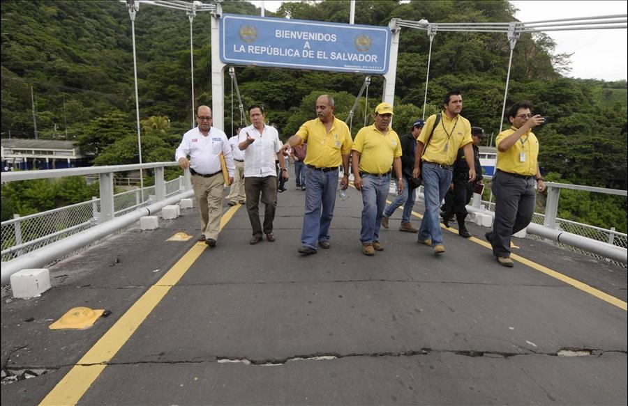 MOP inicia traslado de piezas para construcción puente provisional en Frontera Las Chinamas