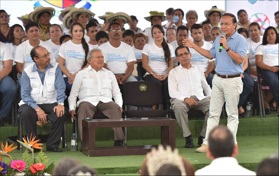 MOP y FOVIAL ejecutan obras viales en La Libertad