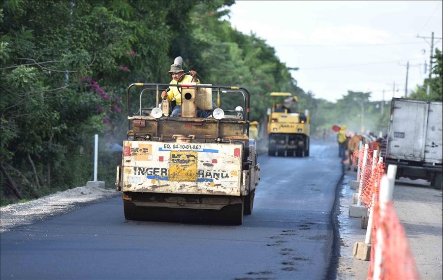 MOP avanza en pavimentación Tramo Tierra Blanca, San Hilario-Sitio El Corral-Salinas El Zompopero, Usulután