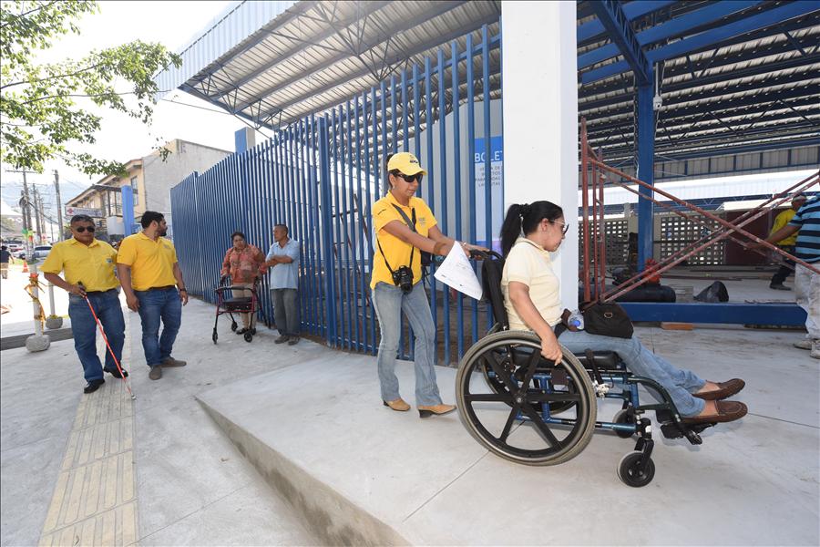 DURANTE EL 2016: MOP construye áreas inclusivas y de recreo en espacios públicos