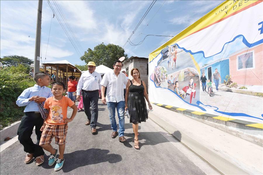 """305 familias beneficiadas con Mejoramiento Integral de Asentamiento Urbano Precario """"Los Héroes"""" de Tonacatepeque"""