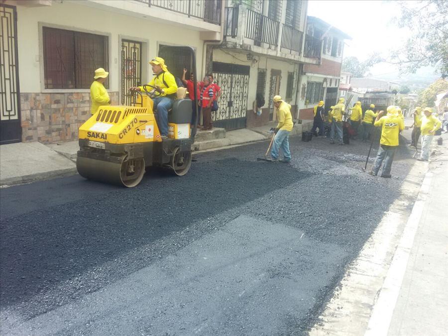 MOP recarpetea importante vía de Cuscatancingo, San Salvador