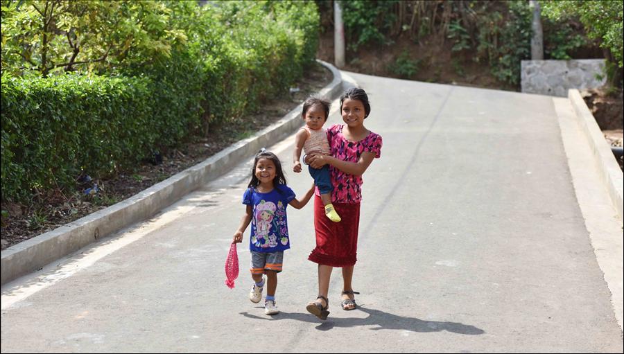 Sonsonate: Entregan obras integrales en 3 comunidades de Nahuizalco