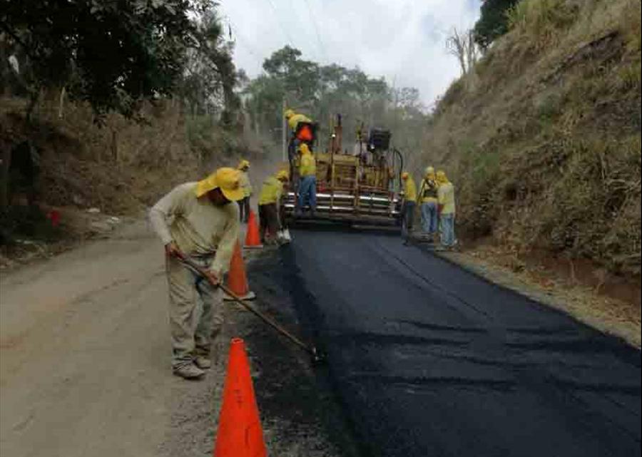 MOP avanza en pavimentación de calle Cantón San Isidro, Panchimalco San Salvador