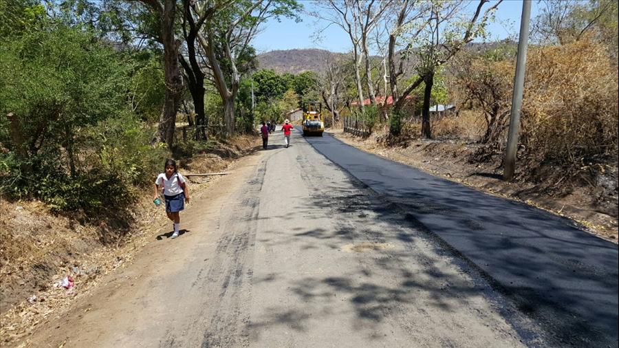 MOP inicia recarpeteo de calles de Quelepa, San Miguel