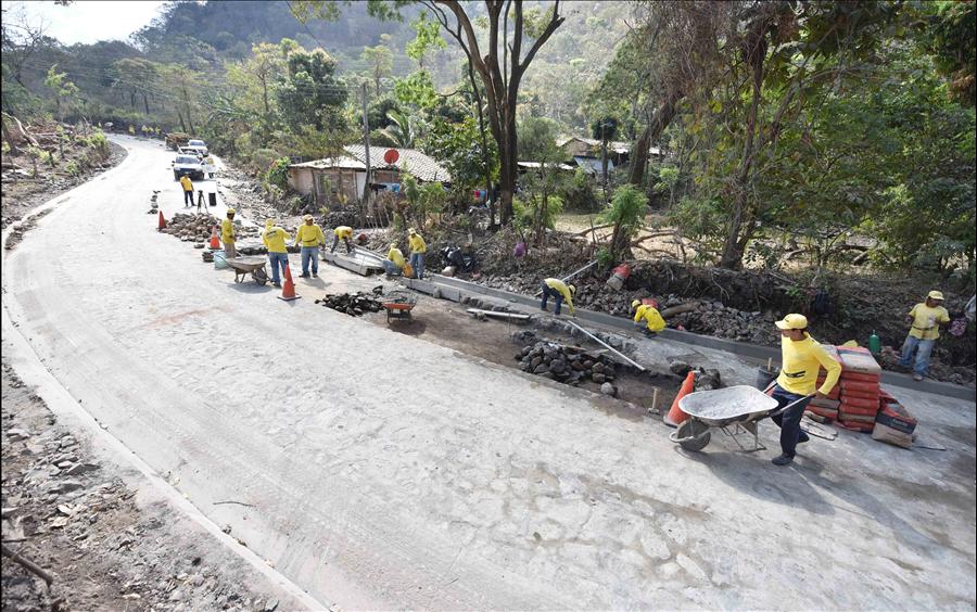 94.4% de avance proyecto Tramo: Victoria-Caserío Santa Marta, Cabañas