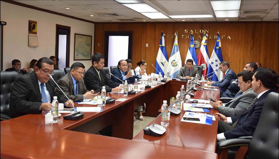 MOP explica Asamblea Legislativa proyectos a ejecutar con recursos provenientes de Japón