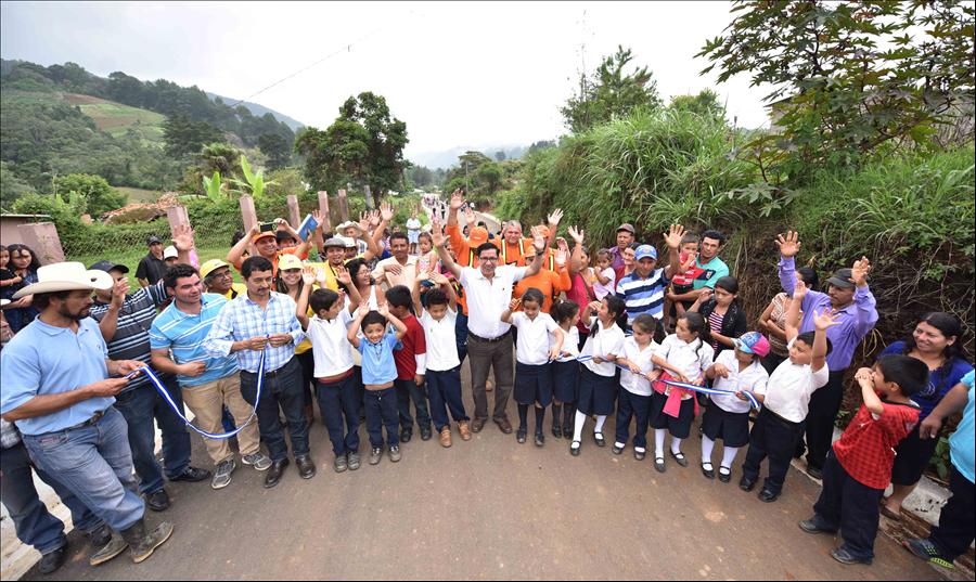 MOP-FOVIAL invierten más de $947,000 en reparación red vial zona productiva y turística de La Palma y San Ignacio, Chalatenango