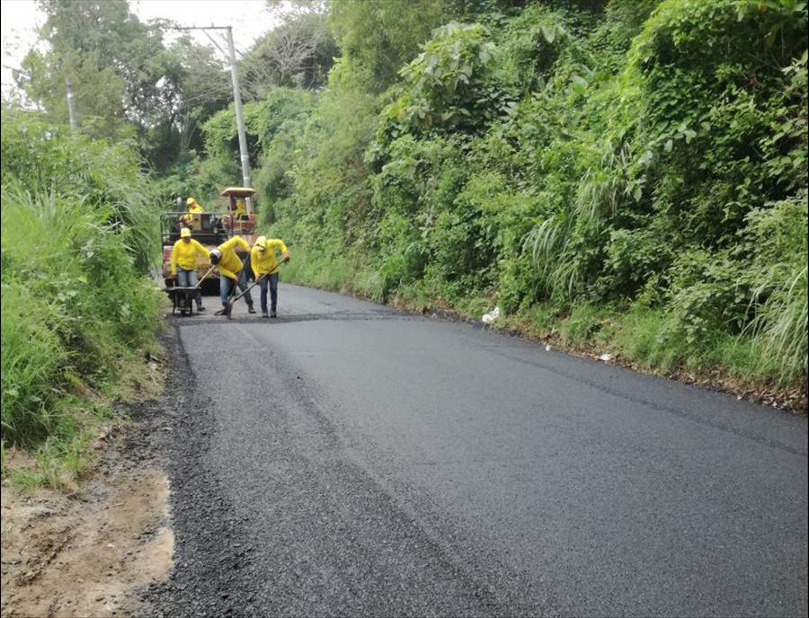 MOP concluye pavimentación de 2.47 kilómetros de calle Cantón San Isidro, Panchimalco, San Salvador