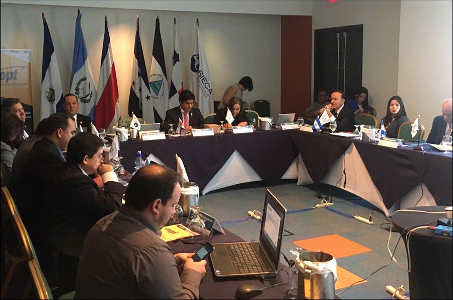 En Reunión Consejo Sectorial de Ministros de Transporte de Centroamérica presentan documento final de Política Marco Regional de Movilidad y Logística