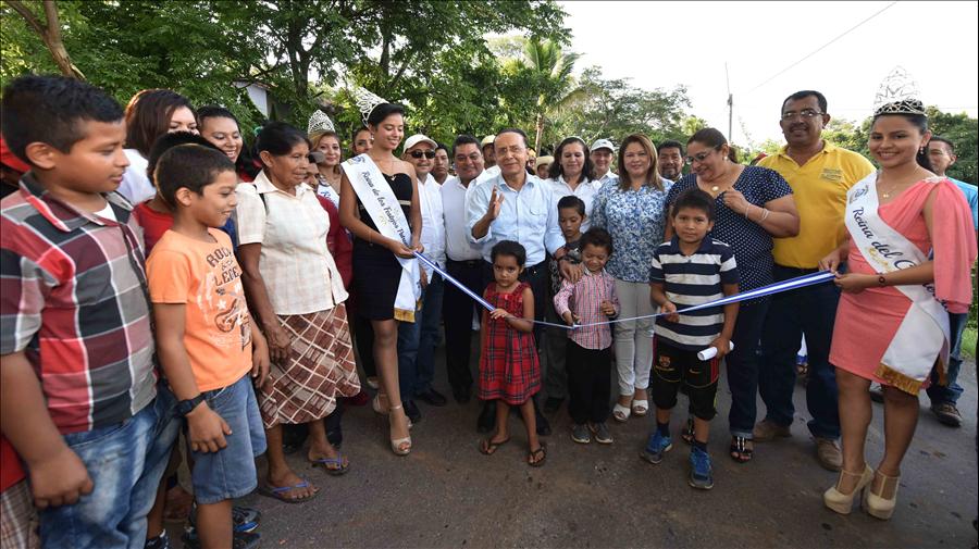 MOP entrega pavimentación de 3.2 km de calle de Yucuaiquín, La Unión hasta Comacarán, San Miguel