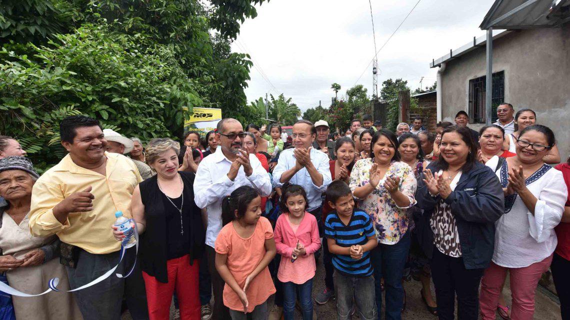 MOP entrega pavimentación de calle principal Colonia El Milagro Los Tubos San Juan Opico, La Libertad