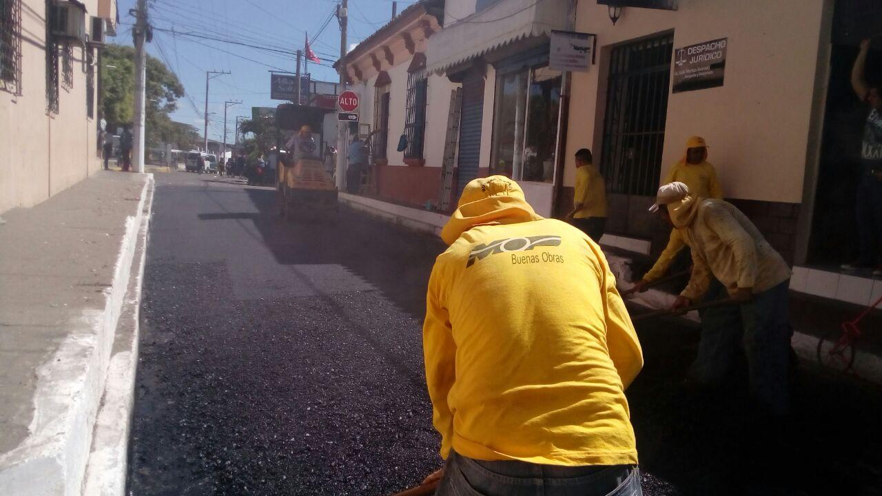 MOP recarpetea calles principales de casco urbano, San Juan Opico  La Libertad