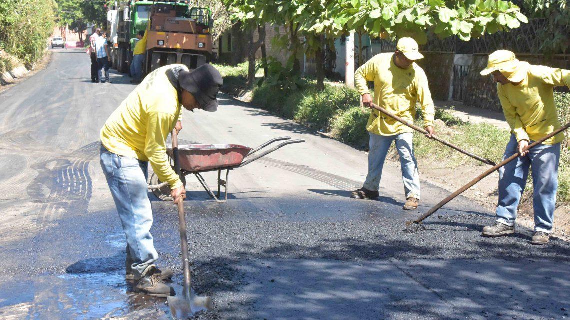 MOP pavimenta 850 metros de ruta alterna al centro de la ciudad de Usulután