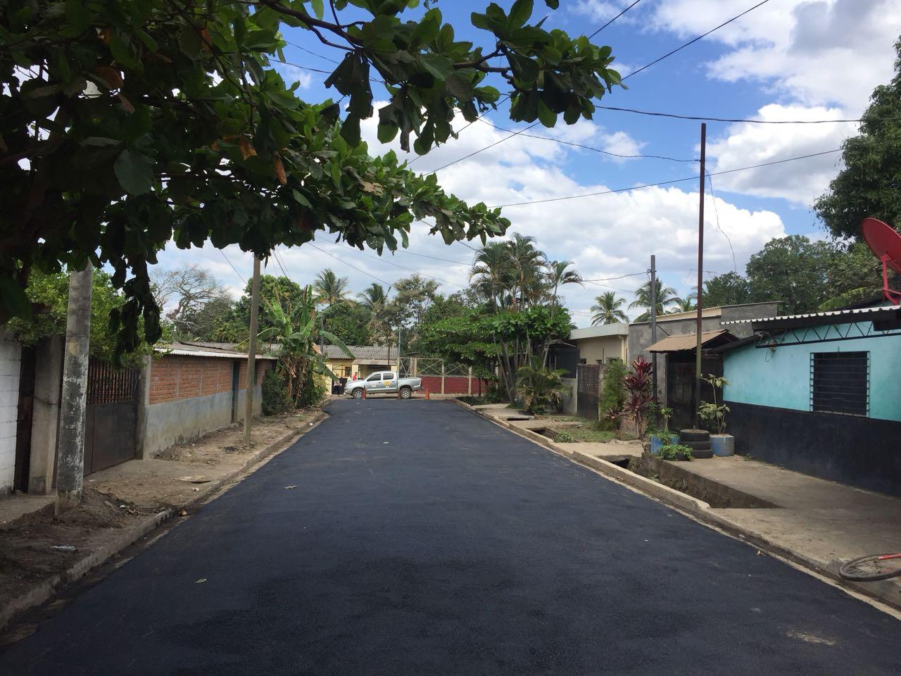 MOP pavimenta calles de cantón  Sitio del Niño, San Juan Opico, La Libertad