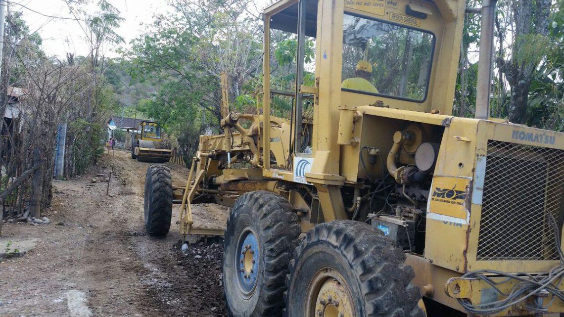 MOP mejora red vial de varios municipios de Chalatenango y Cabañas