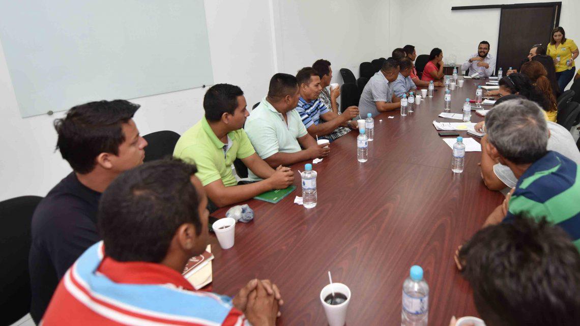 Viceministro se reúne con comunidades de San Juan Nonualco por puente