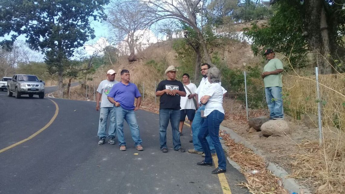 65% de avance pavimentación 2.3 km en San Antonio La Loma, San Antonio Masahuat, La Paz