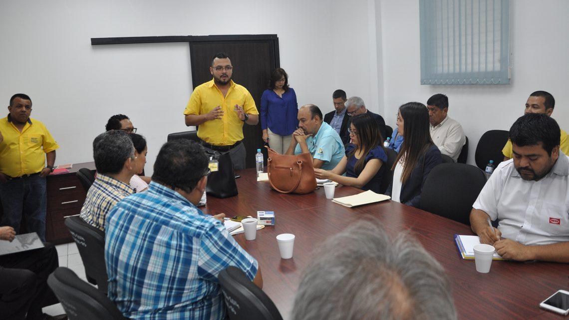 MOP se reúne con empresas nacionales e internacionales participantes en proceso de precalificación de contrato construcción By Pass San Miguel