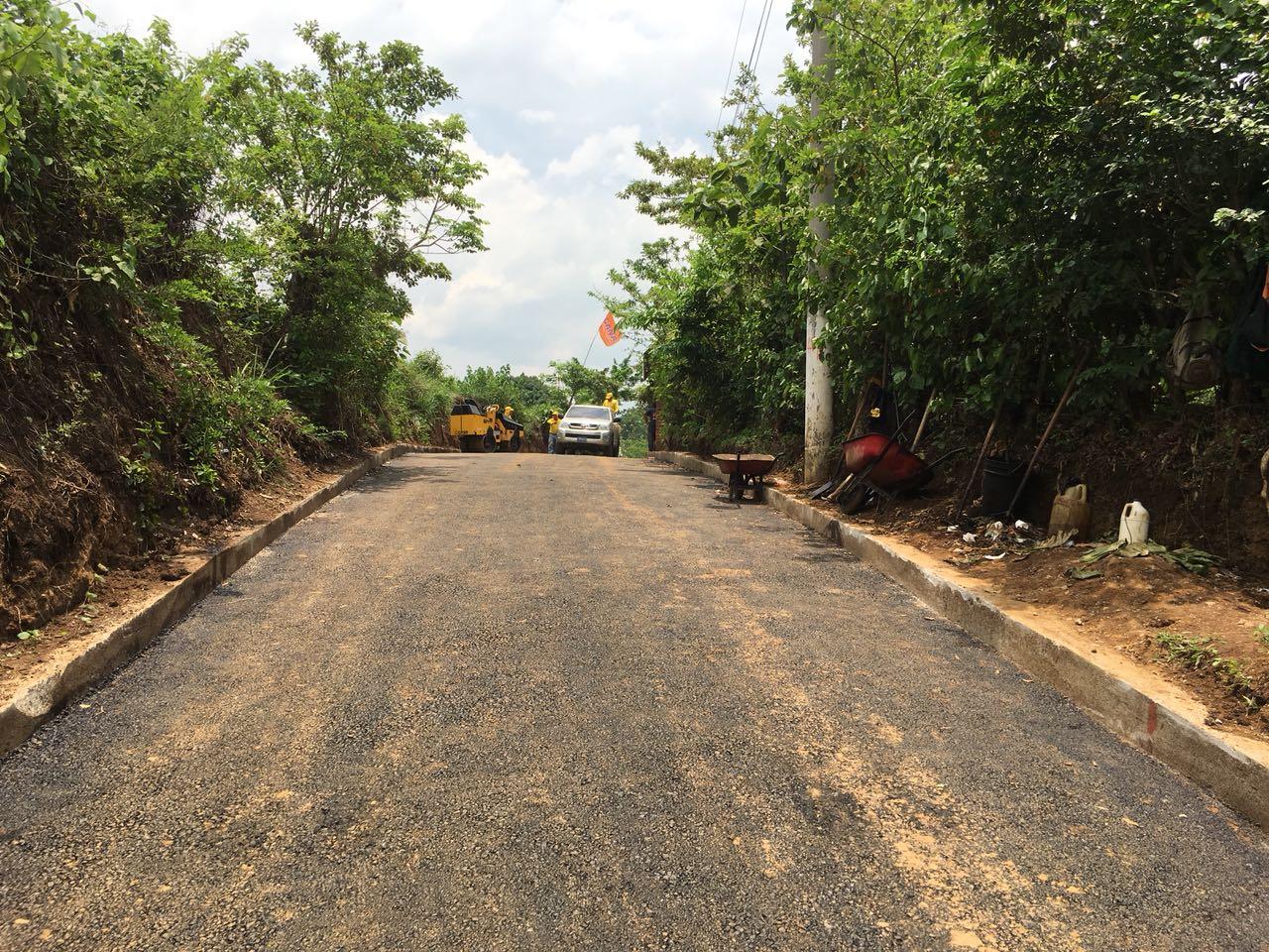 MOP por concluir pavimentación de calle Cantón El Almendro, Sonzacate, Sonsonate