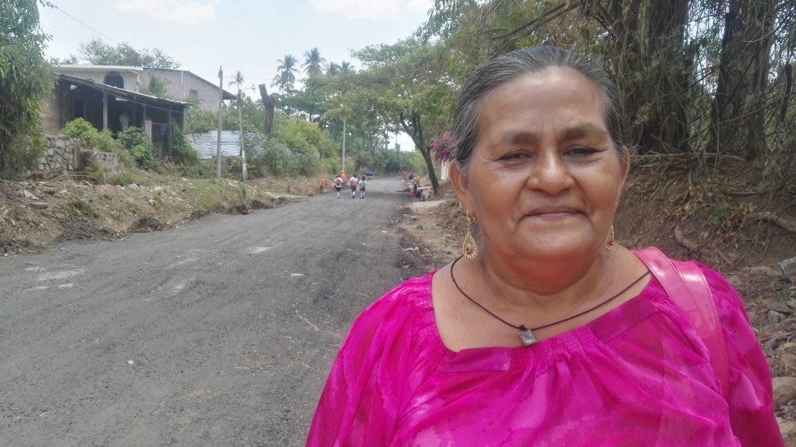 Mejoramos caminos en cantón La Joya, San Vicente